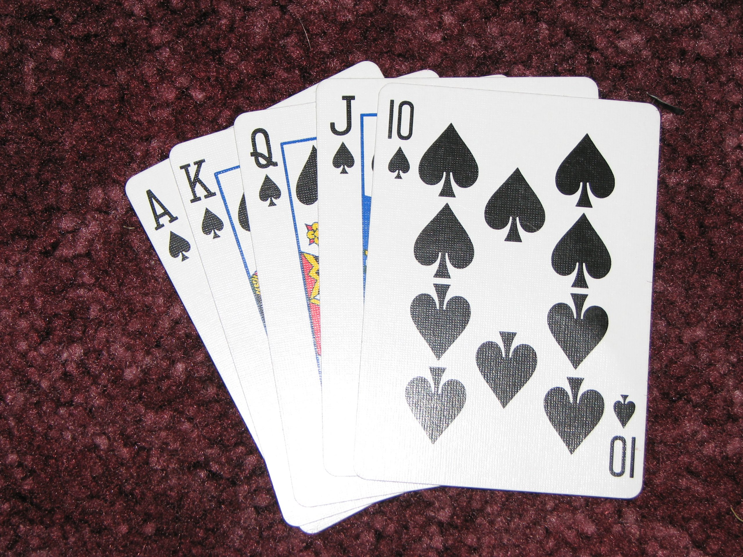 Play Online Poker And Get Actual Money At KQPoker - Betting